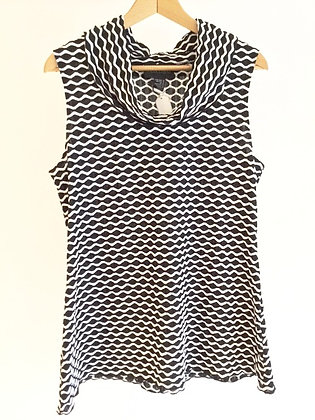 Patterned Top by Frank Lyman