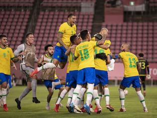 Brasil vence nos pênaltis, se vinga do México e busca bi olímpico em Yokohama