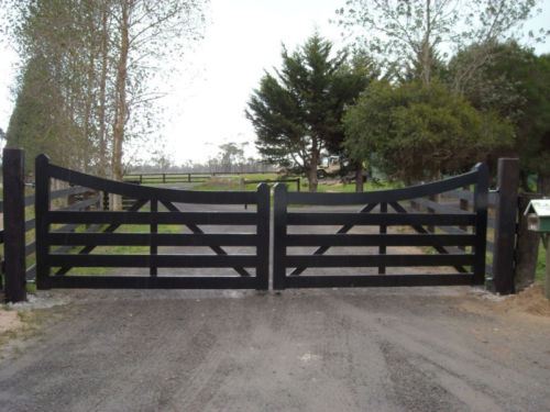 Berwick Double Farm Gate