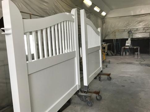 Custom double gate - side view