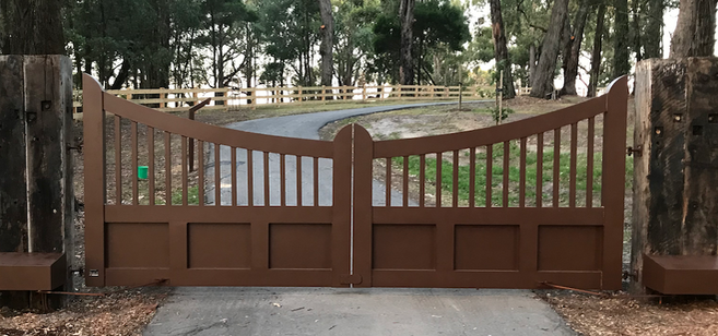 Gate Custom Style - Lysterfield