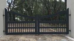 Garfield Double Driveway Gate