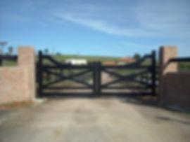Dulux powder coat colours for farm gates image