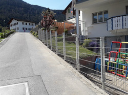 Doppelstabmattenzaun in Rhäzüns(SG)