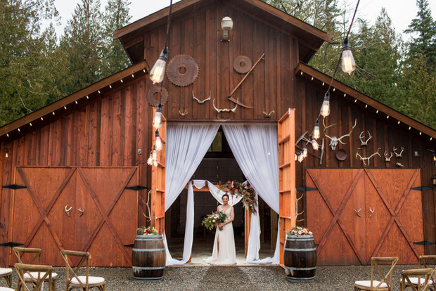 Winter-Green-Weddings-Buckley-7052.jpg