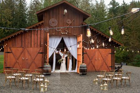 Winter-Green-Weddings-Buckley-7044.jpg