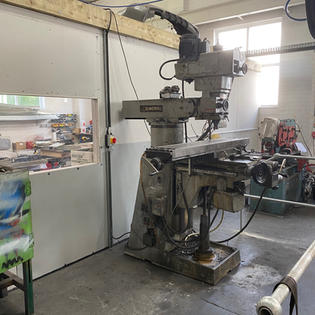 CNC Milling Machine 2