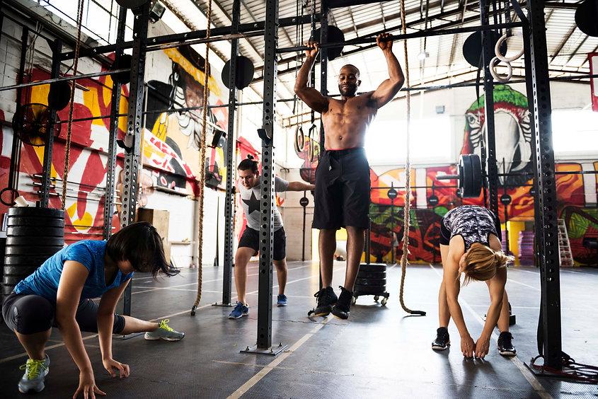 crossfit-group-gym.jpg