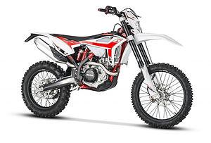 RR-4T-My-20-front-white-768x519.jpg