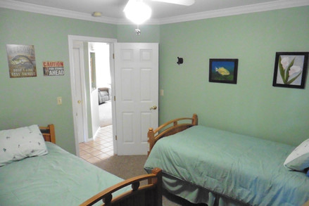 Twin beds bedroom