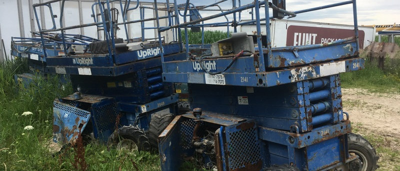 Manlifts For Parts or Repair Available