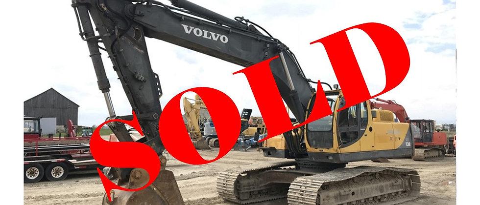 2001 Volvo 40 Ton Excavator