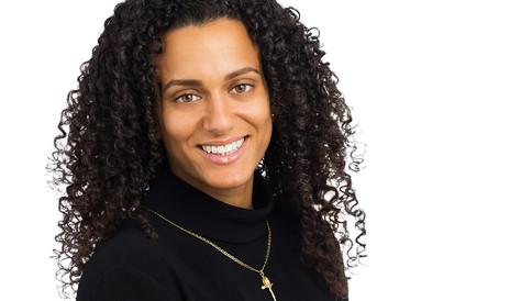 BD BB7 654 female-portrait-close up-afro