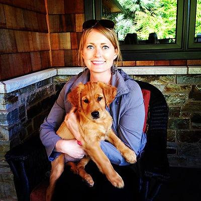 Introducing Nutmeg! 💖🐶 #ilovemyjob #goldenretrieverpuppy #puppy #goldenretriever #seattledogs