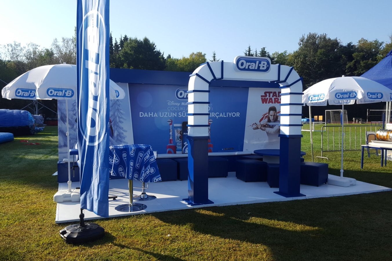 ORAL B STAND