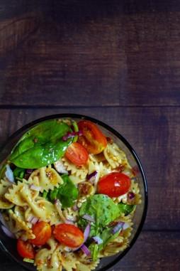 Pasta Salad w/ Spinach