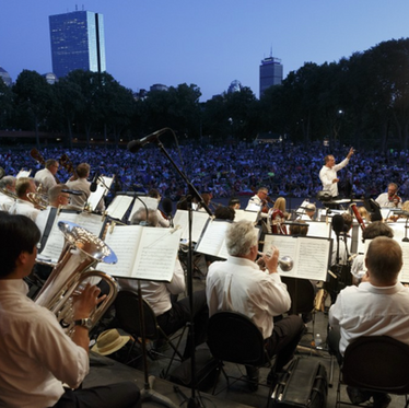 Top 10 Attractions For Live Music This Summer in Boston