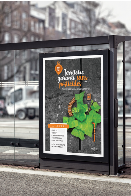 Bus Stop Billboard MockUp 1.png