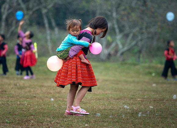Pink ballon girls