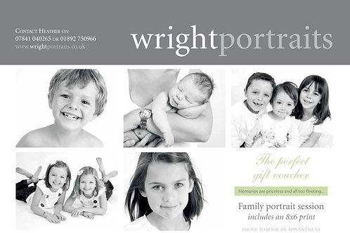 Family portrait session includes a complimentary 8x6 print