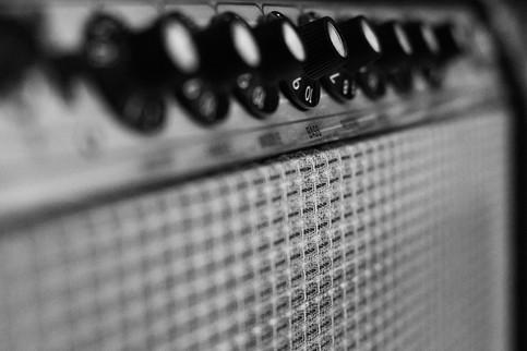 1974 Fender Vibrosonic Reverb.jpg