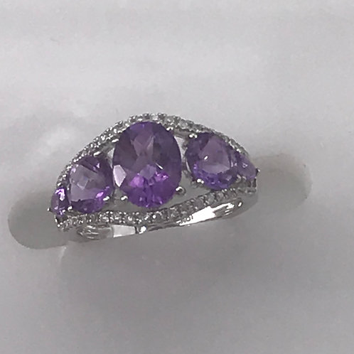 Five Amethyst Outline Diamond Ring