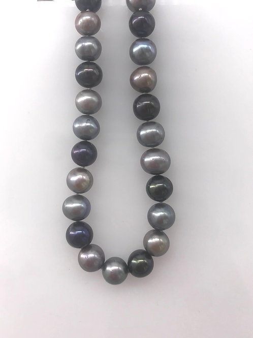 "18"" 9 mm Grey and Black Fresh Water Pearls"