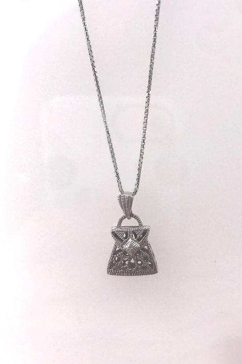 White Gold Filigree Diamond Purse