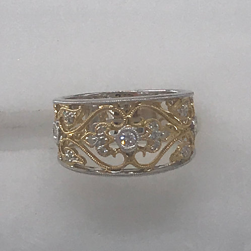 18 karat Two Tone Filigree Diamond Ring