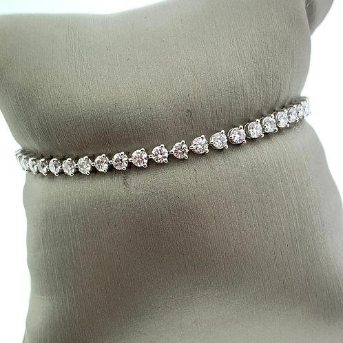 "7"" 3 Prong Diamond Line Bracelet"