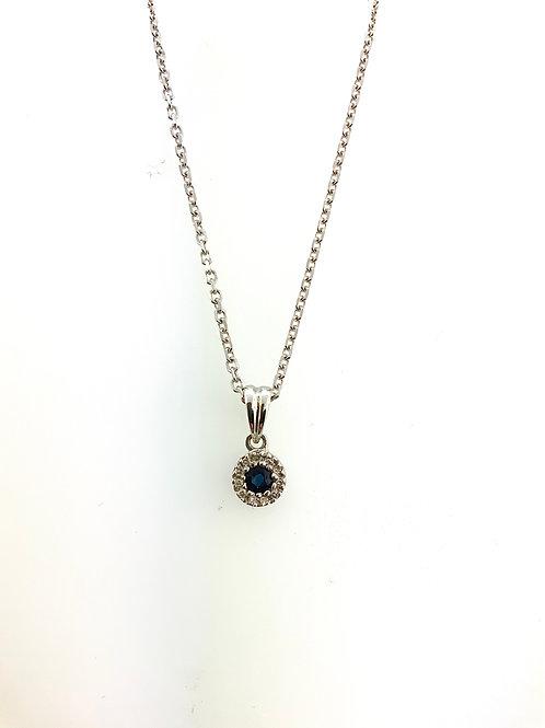 Small sapphire pendant