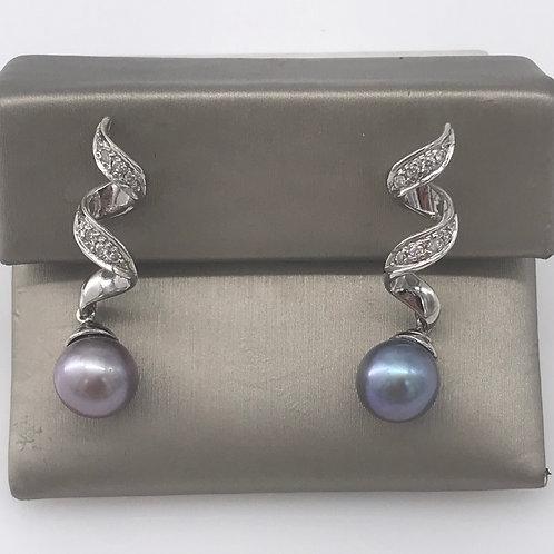 Diamond Swirl Tahitian Pearl Earring