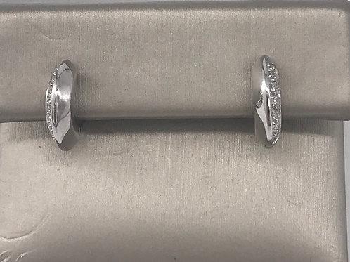 Peak Huggie Earring