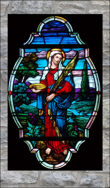 T2122 St. Lucy Stained Glass