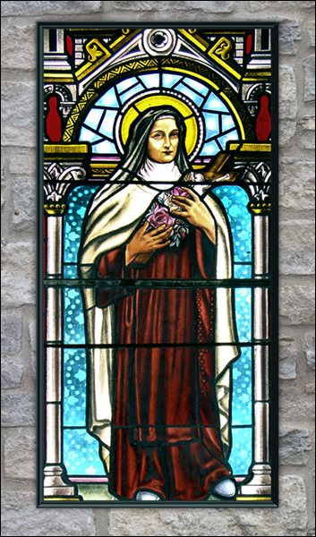 T1036 St Theresa Stained Glass