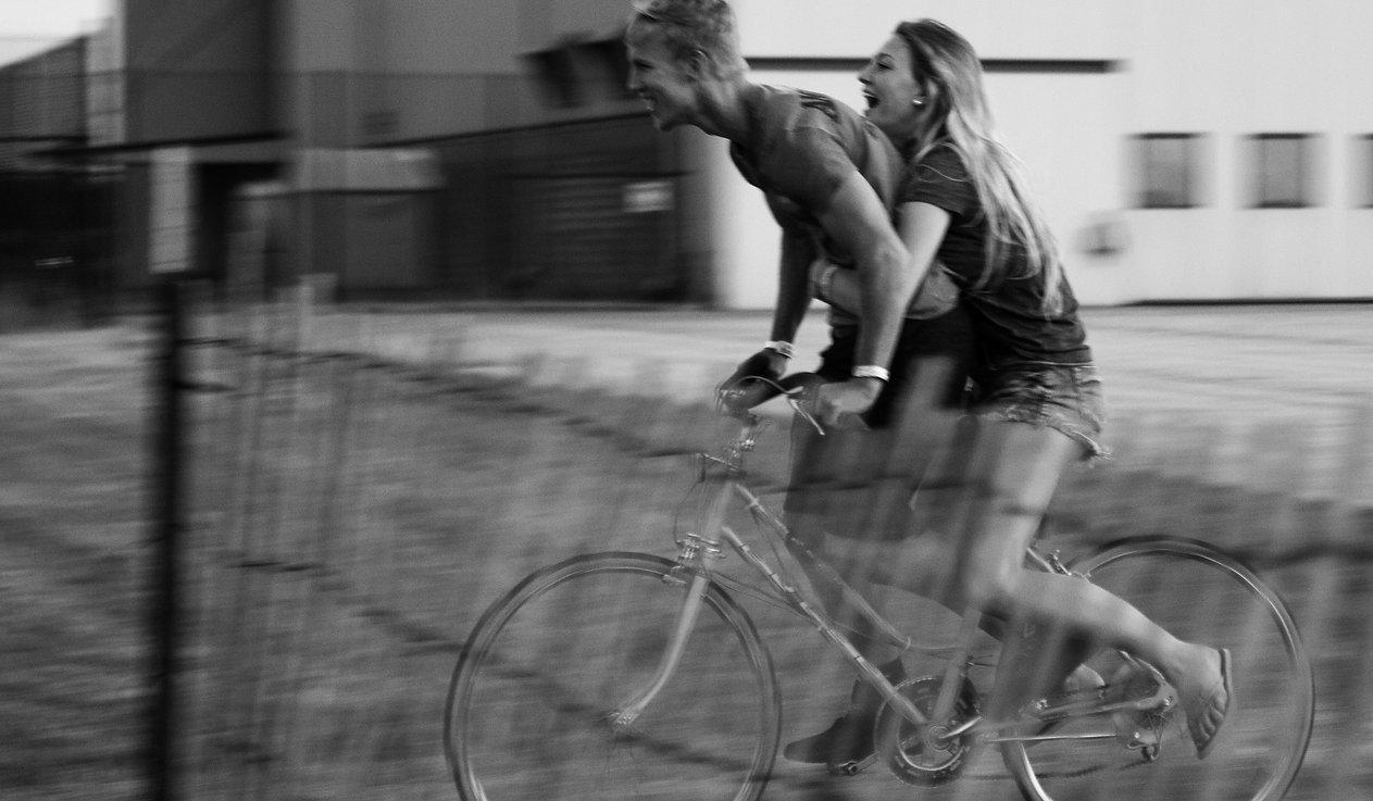 Boyfriend and girlfriend on bike