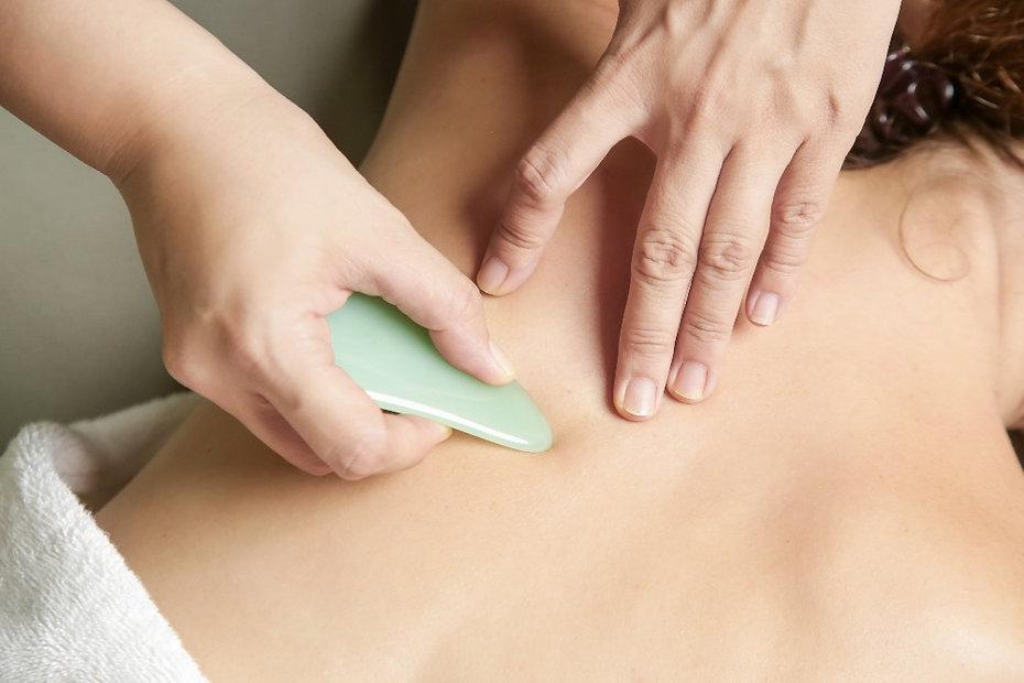 Guah Sha TCM Schmerzen Arm Rücken Nacken Migräne Kopfschmerzen Rüti Rapperswil