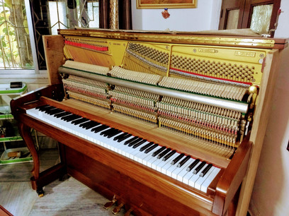 BMA Acoustic piano