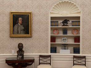 Swift Messenger In The Oval Office