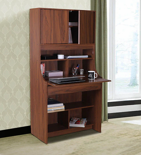 Workstation with Hutch Desk and executive chair