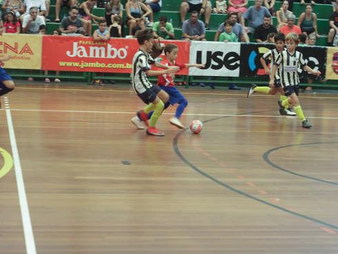 Seguem os jogos da 21ª Copa CNA de Futsal Escolar nos principais ginásios da região