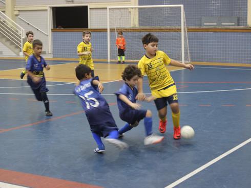 Continuam os jogos da 21ª Copa CNA de Futsal Escolar nos principais ginásios da região