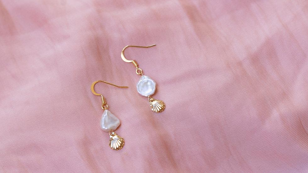 Keshi Pearl & Shell Dangle Earring