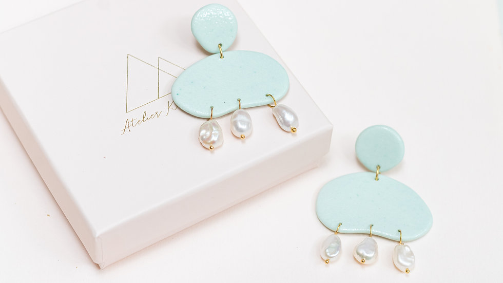Avena: Pearly Porcelain Drop Earring - Mint