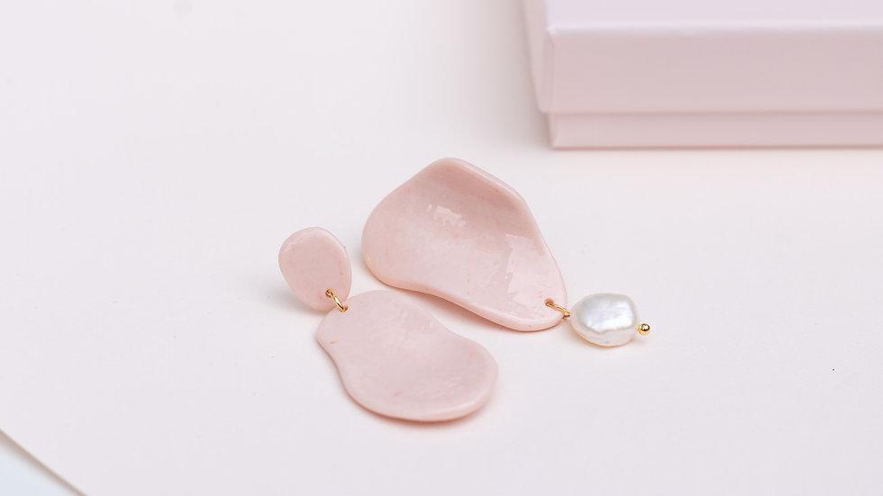 Shelly Drop Earring