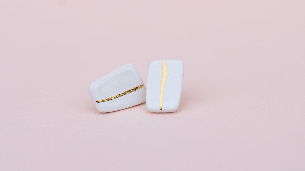 Pebble White - Stud Earring