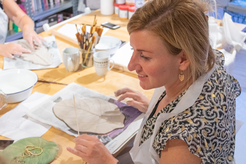 creatieve-workshop-keramiek-cursus-klei-en-zij