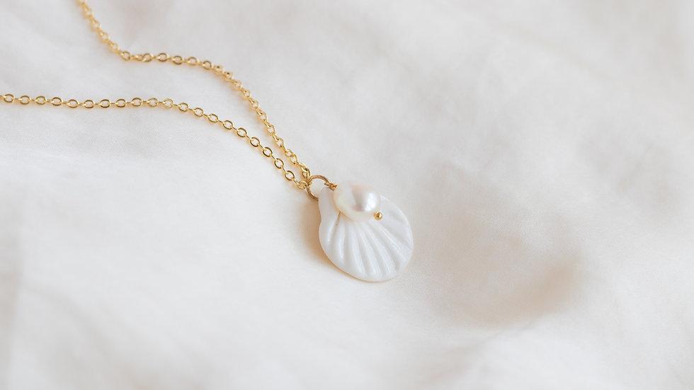 The Aphrodite Necklace