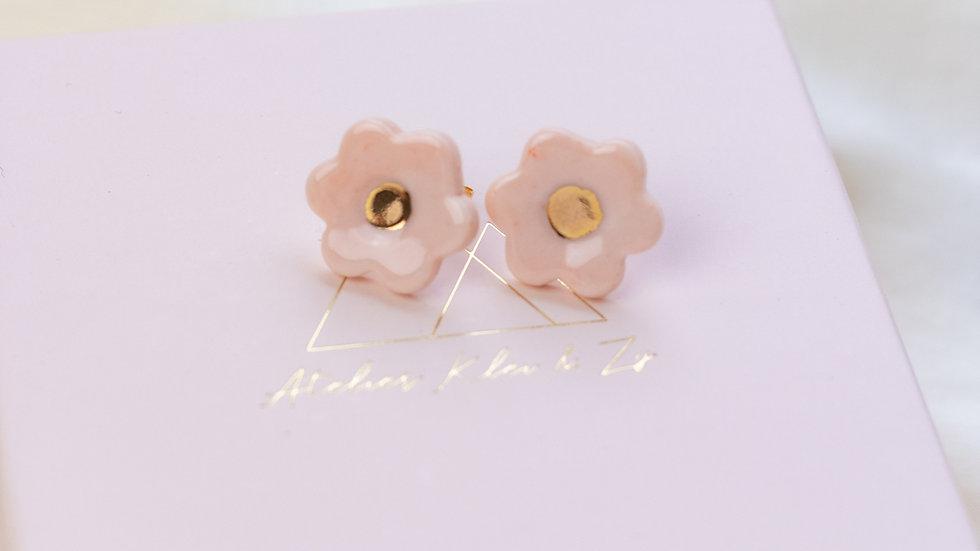 Porcelain Blossom Stud Earring - Peach