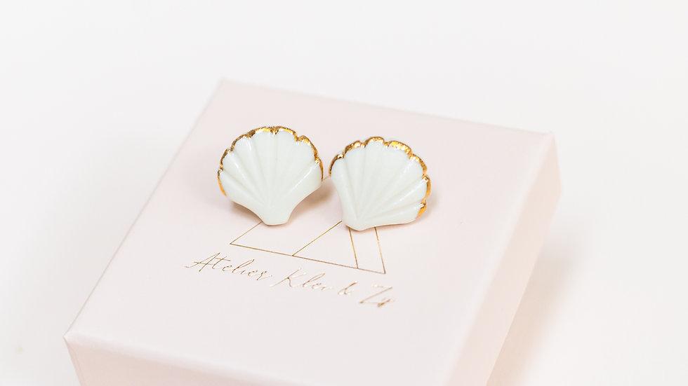 Gold Ariël Shell Stud Earring
